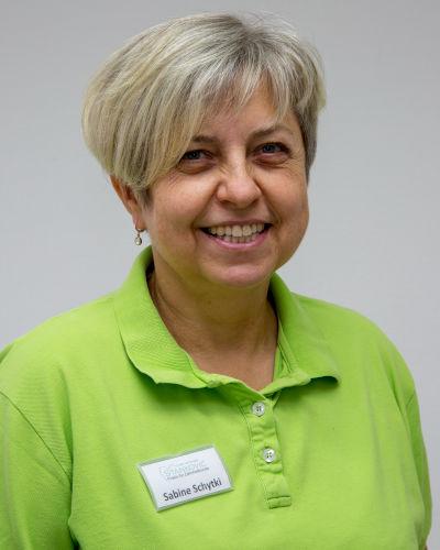 Sabine Schytki, zahnmedizinische Fachangestellte der Zahnarztpraxis in Bad Friedrichshall