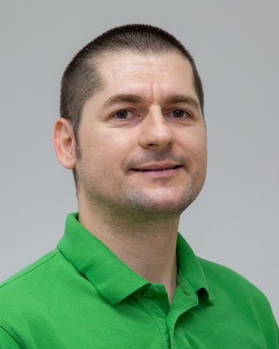 Dr. stom. / Univ. Niš Vladimir Stanković, Inhaber der Zahnarztpraxis in Bad Friedrichshall
