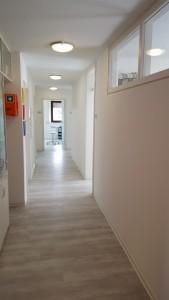 Flur der Zahnarztpraxis in Bad Friedrichshall