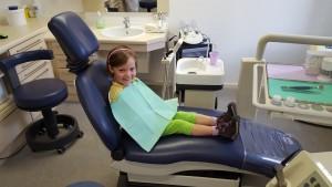 Kleinere Kinder ohne Angst in der Zahnarztpraxis in Bad Friedrichshall