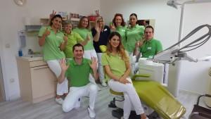 Das Team der Zahnarztpraxis in Bad Friedrichshall aus einer anderen Perspektive