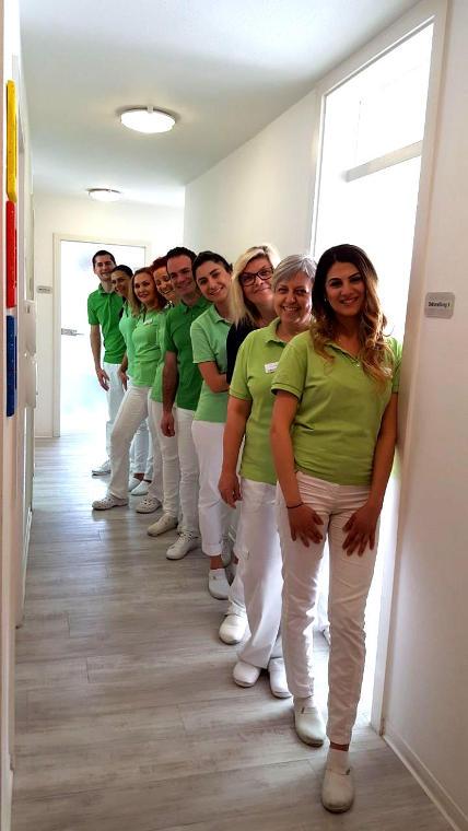 Das Team der Zahnarztpraxis Dr. stom. / Univ. Niš Vladimir Stanković in Bad Friedrichshall
